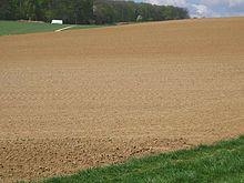 التربة 220px-27