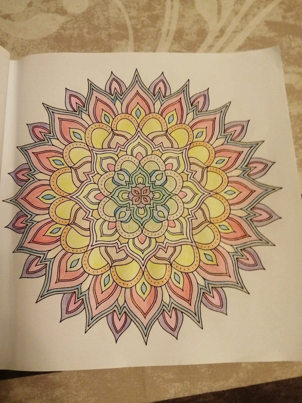 coloriage anti-stress pour adulte - Page 15 00111