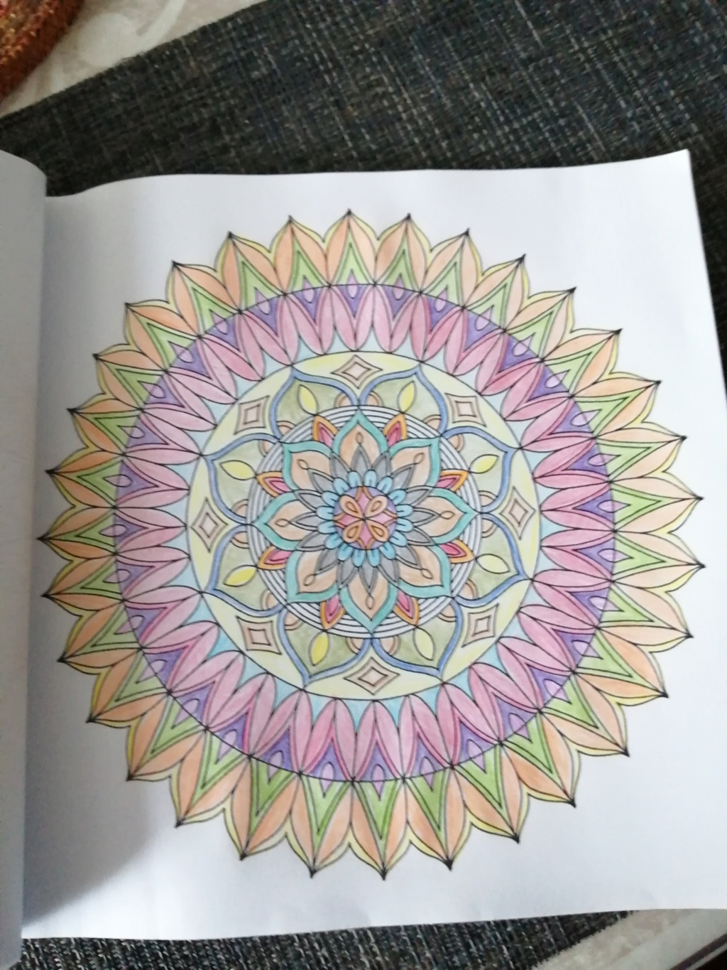 coloriage anti-stress pour adulte - Page 16 00311