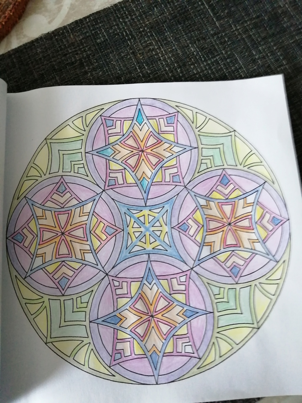 coloriage anti-stress pour adulte - Page 16 00615