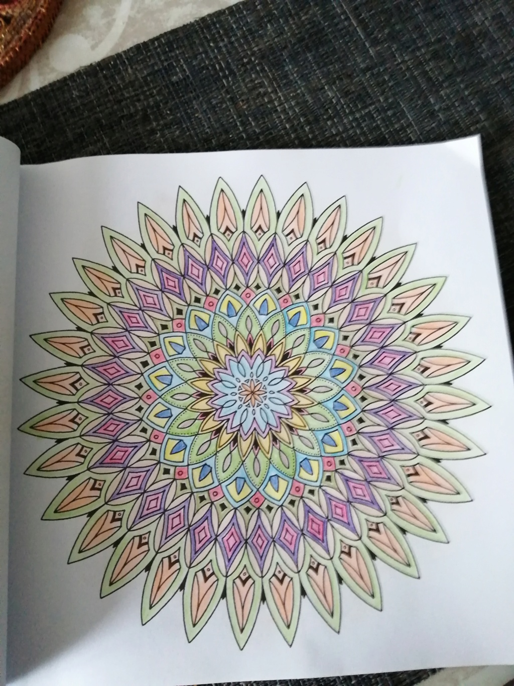 coloriage anti-stress pour adulte - Page 16 00812