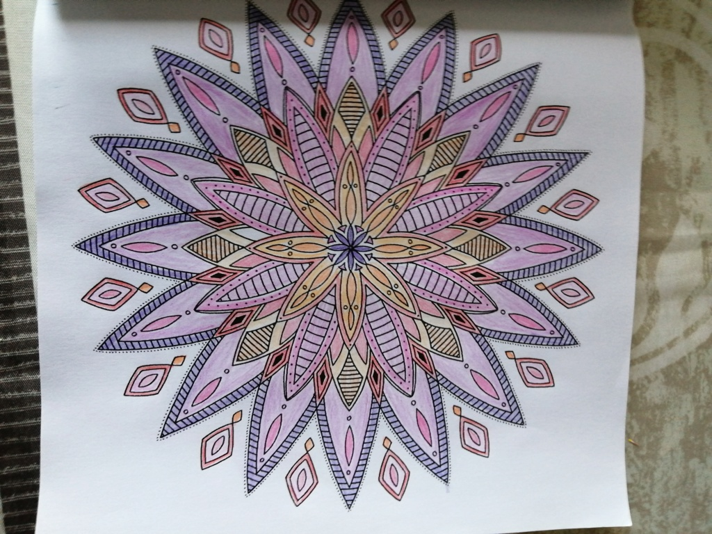 coloriage anti-stress pour adulte - Page 15 02211