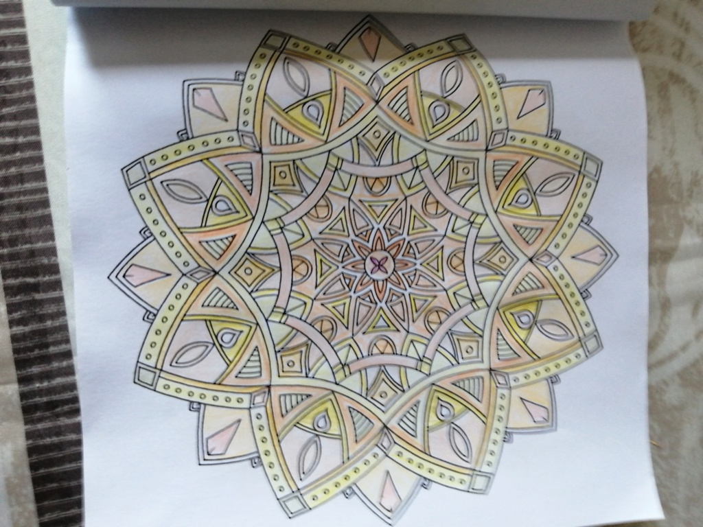 coloriage anti-stress pour adulte - Page 15 02410