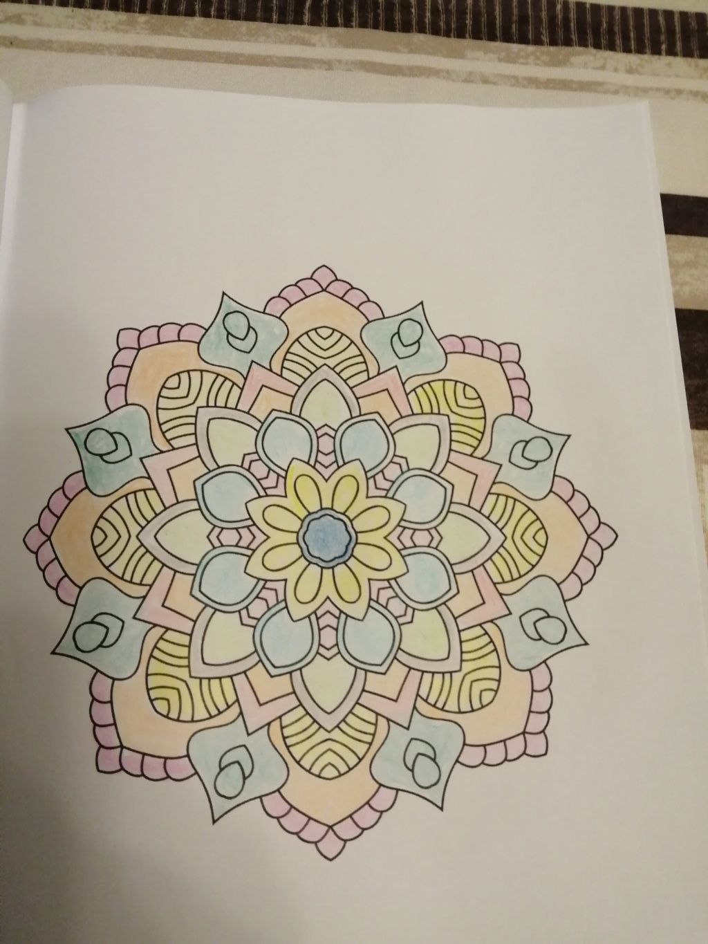 coloriage anti-stress pour adulte - Page 16 02612