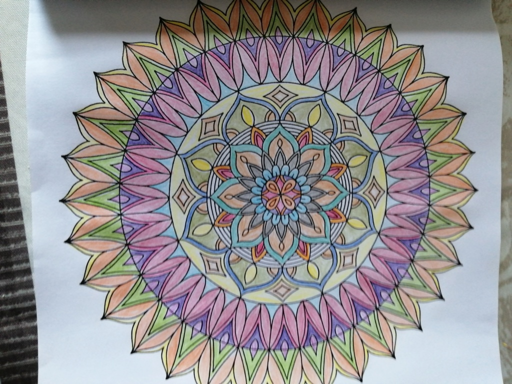 coloriage anti-stress pour adulte - Page 15 02710
