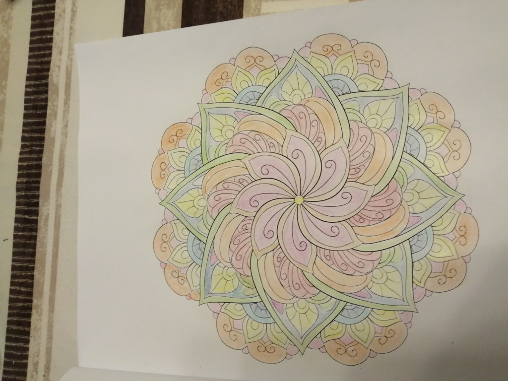coloriage anti-stress pour adulte - Page 16 02711