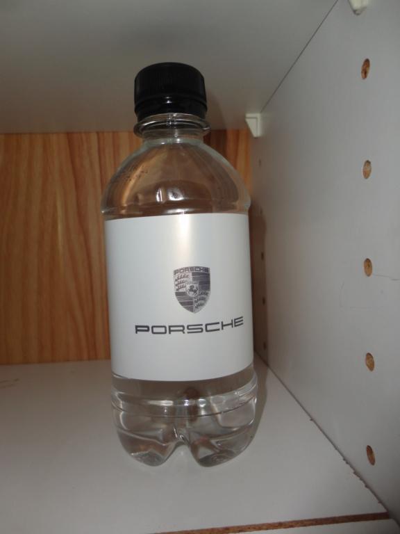 Pas très à l'aise dans les magasins PORSCHE Porsch14