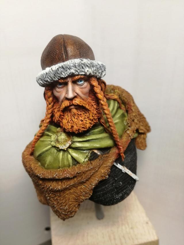 Buste Viking (1er peinture a l'huile) Img_2029