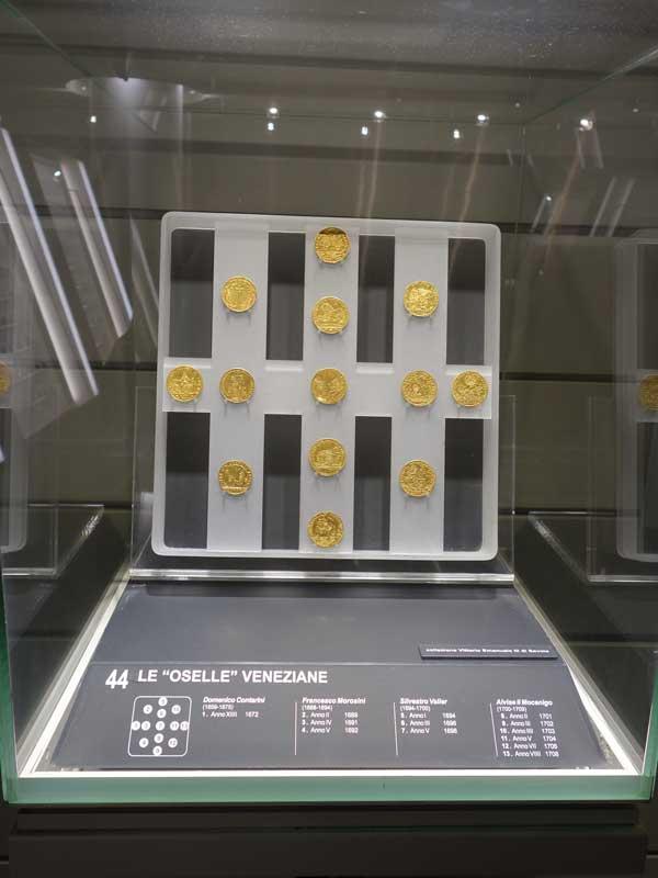 Je partage avec vous ma visite numismatique à Rome 5ad25010