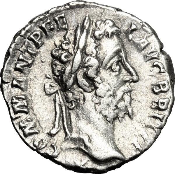 Ma petite collection de monnaies empire romain  - Page 3 E11d0910