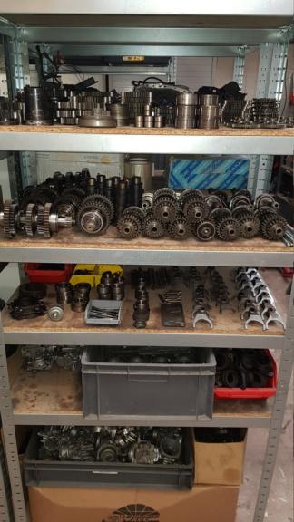 Destockage toutes pièces moteur 1300 xjr neuves et occasion  20190112