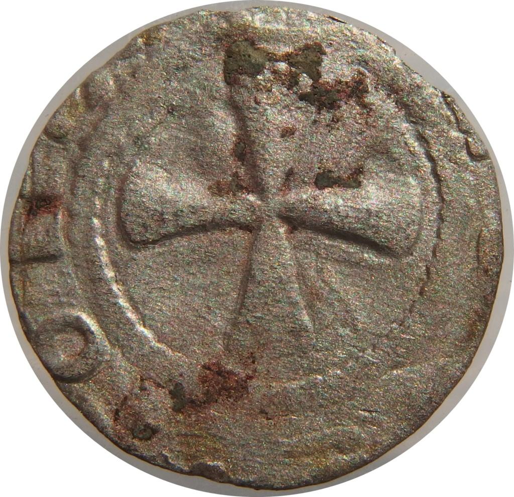 Dinero anónimo de Auvernia. 1050-1200 d C. P7150010