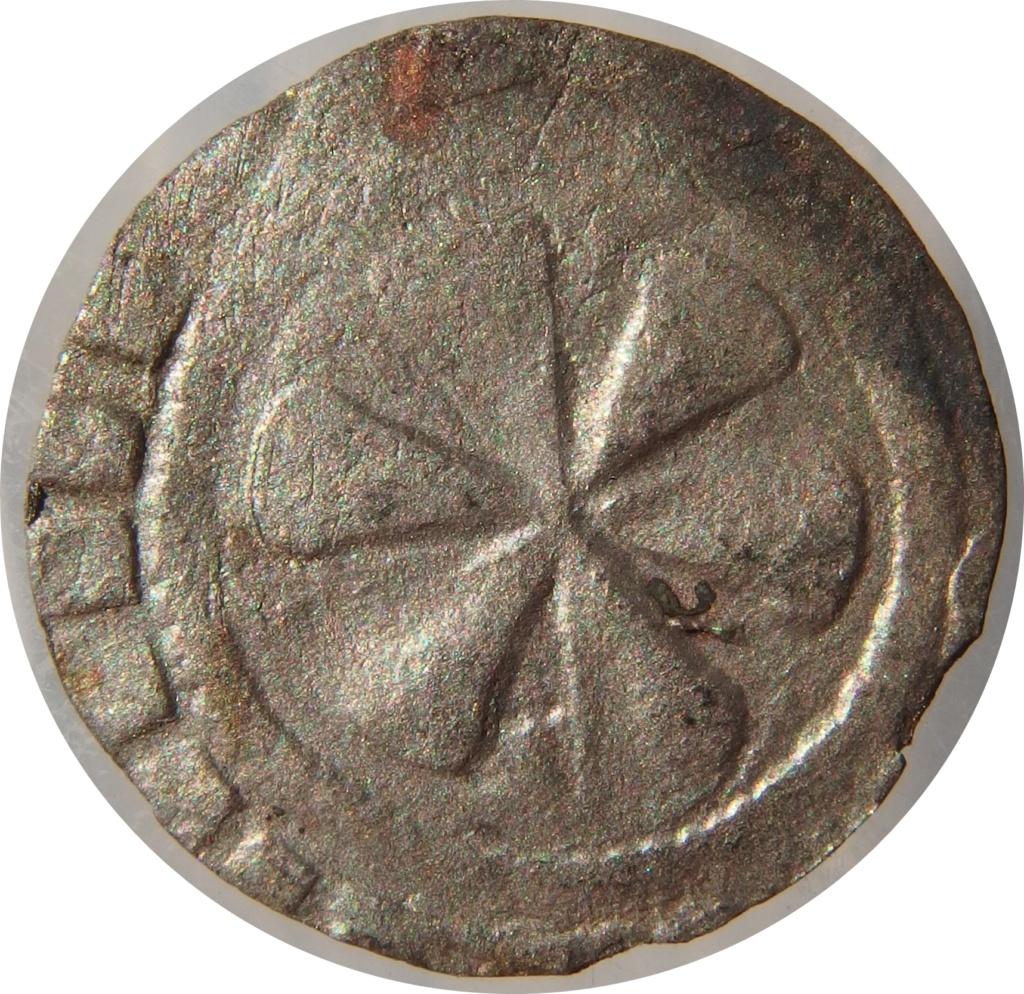 Dinero anónimo de Auvernia. 1050-1200 d C. P7150011