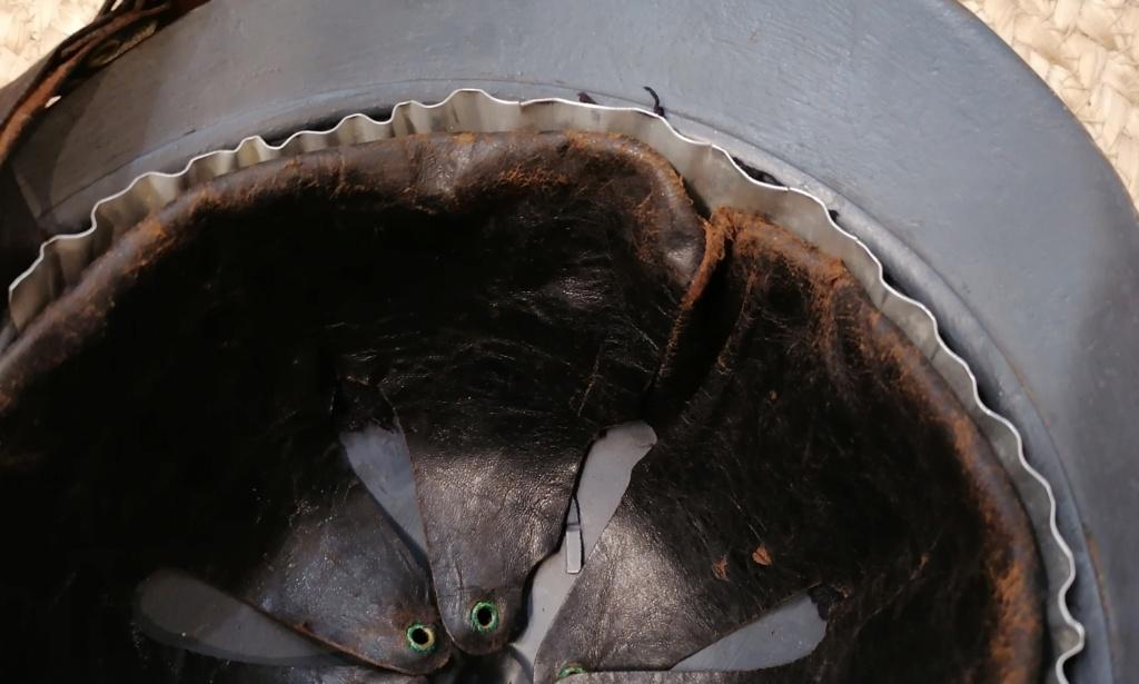 Gaufrettes casque Adrian Mle15 Img_2039