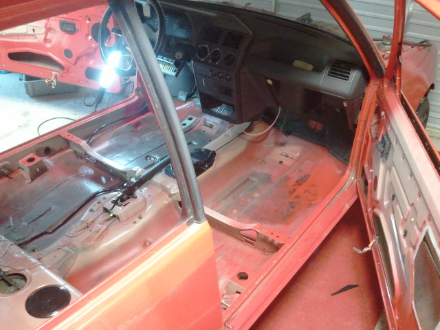 [julGTI] - 205 GTI 1L9- Rouge Vallelunga - 1989 610