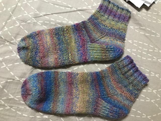 Provocare tricotat nr. 1 - Şosete, botoşei, jambiere. - Pagina 5 Img_4410