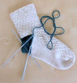 Provocare tricotat nr. 1 - Şosete, botoşei, jambiere. - Pagina 5 Repara10