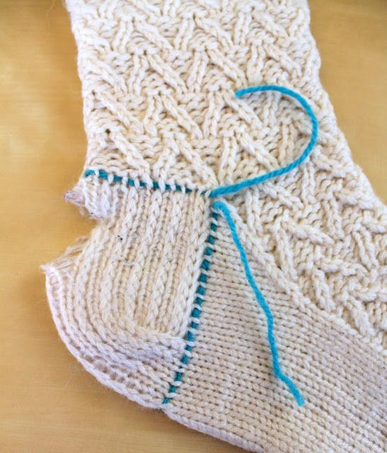 Provocare tricotat nr. 1 - Şosete, botoşei, jambiere. - Pagina 5 Repara13
