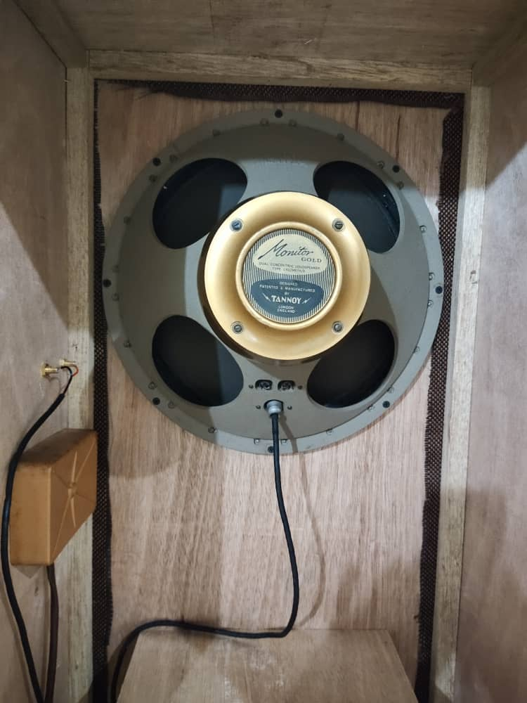 """(SOLD) Tannoy Monitor 15"""" gold and Sansui amplifier  Img-2014"""