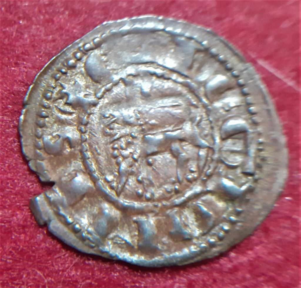 Dinero de Fernando IV. Emisión 1297. Sevilla (S tumbada) 20210516