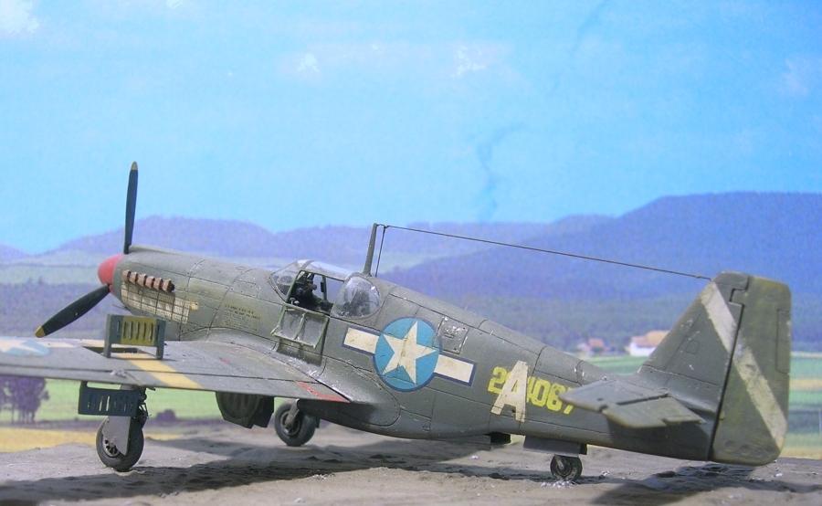 """North-American A36A """"Apache"""" A36a_010"""