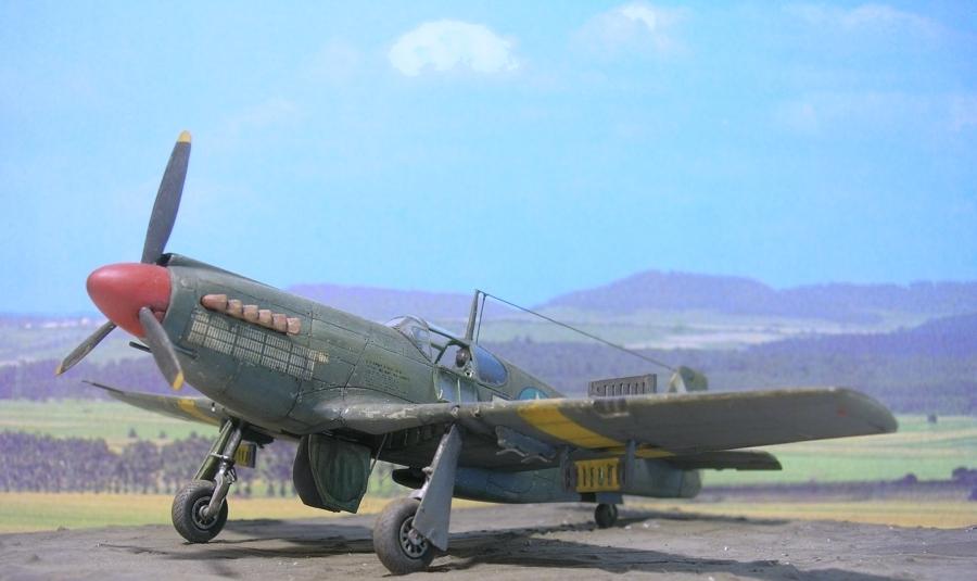 """North-American A36A """"Apache"""" A36a_015"""