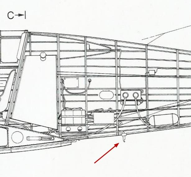 Curtiss H75A6 Hawk norvégien 1/72 - Page 6 Cut-si10