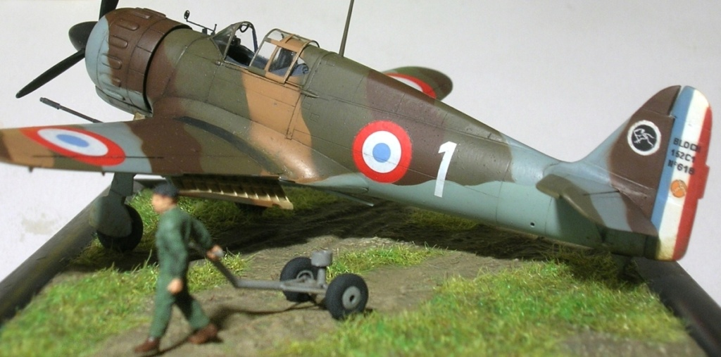 montage: Bloch MB152 Armée de l'Air [RS Models, Brengun, Falcon 1/72] - Page 6 Mb152_82