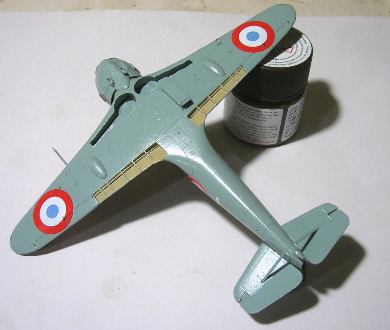 montage: Bloch MB152 Armée de l'Air [RS Models, Brengun, Falcon 1/72] - Page 5 Monta239