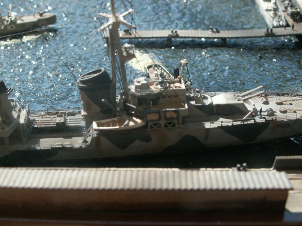 Base U boat 1/700 Pict0213