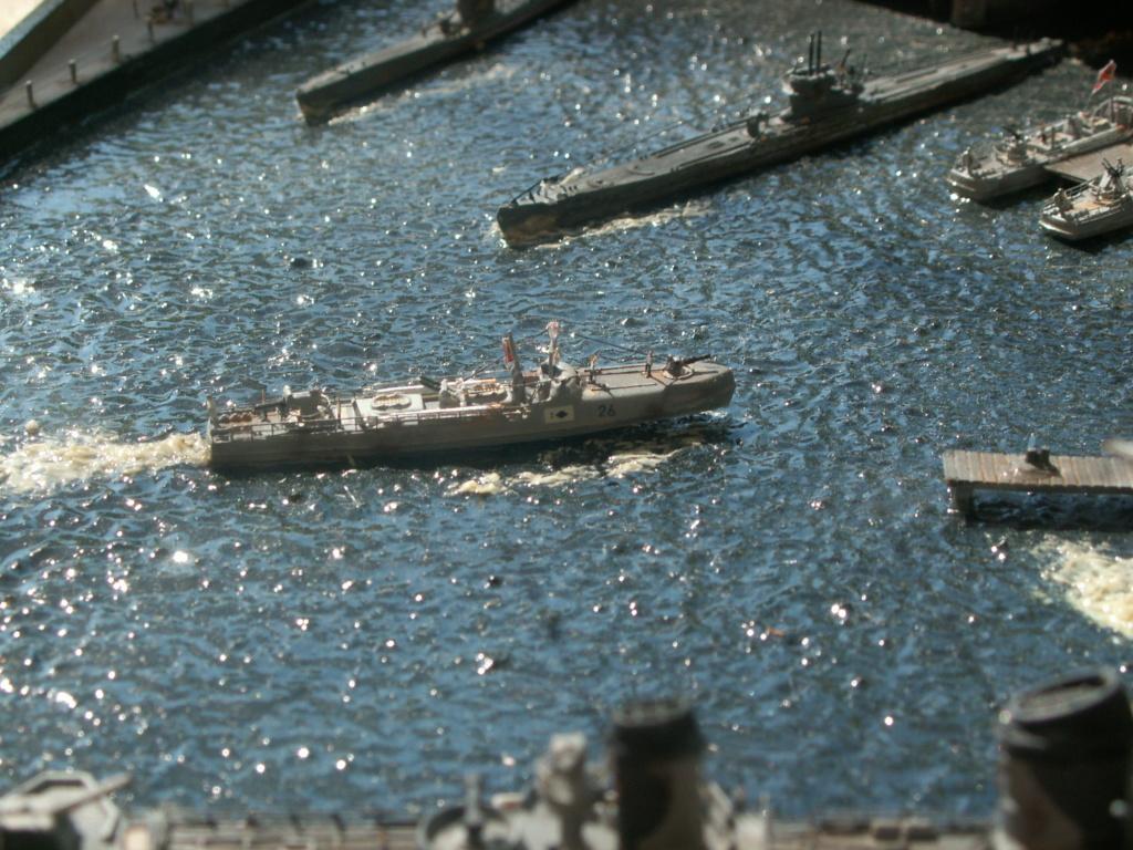 Base U boat 1/700 Pict0215