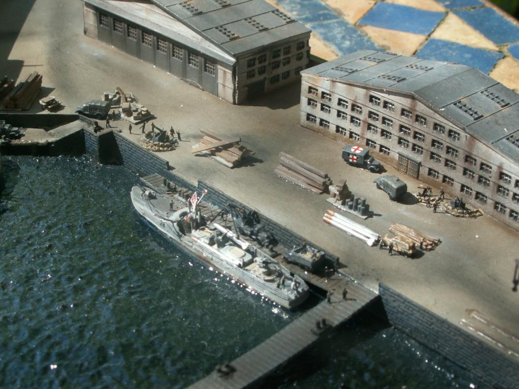 Base U boat 1/700 Pict0217