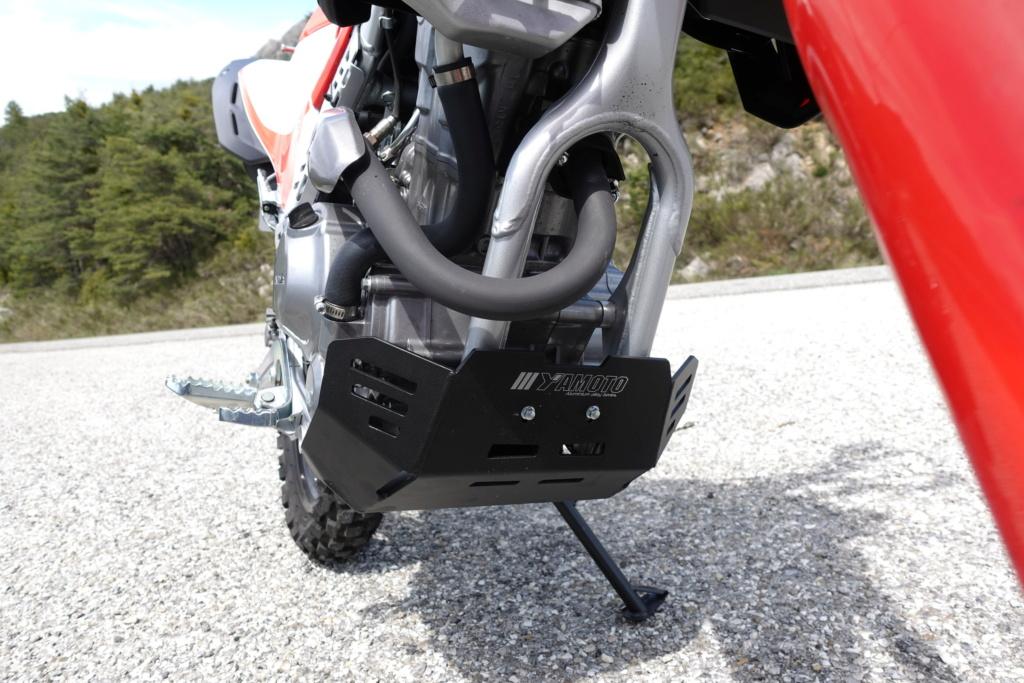 Modifs et accessoires Honda 300 CRF-L - Page 2 Dsc00410