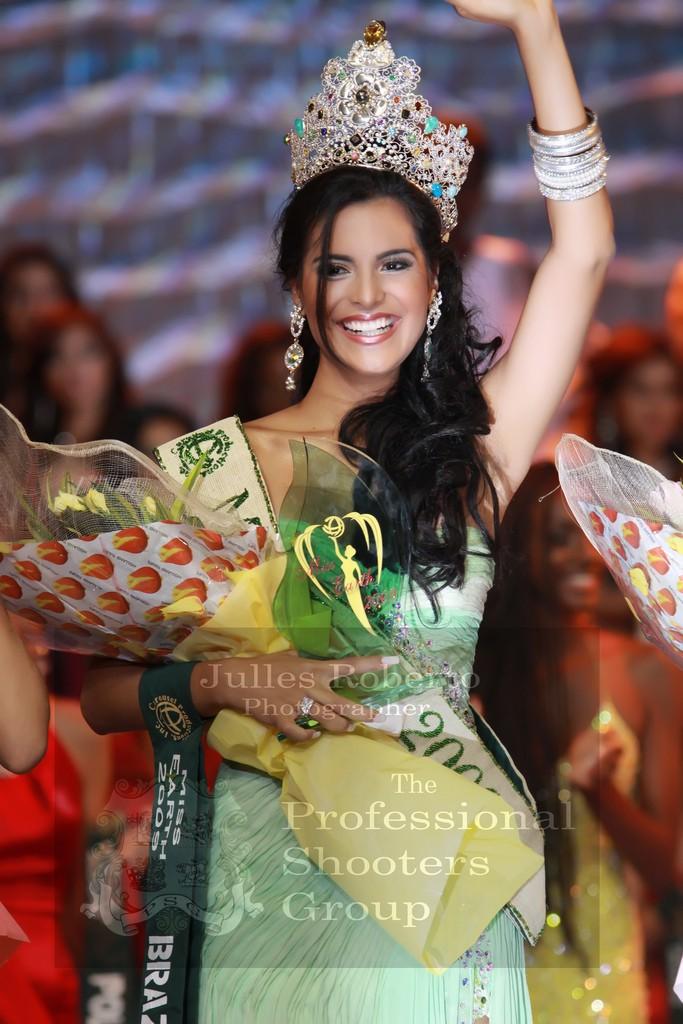 Official thread of Miss EARTH 2009 * Larissa Ramos (Brazil) 41308910