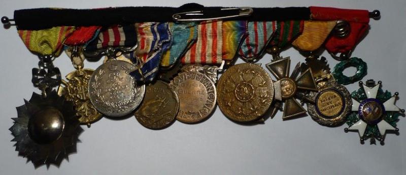Placard de médailles de 14-18 - Page 2 P1050310