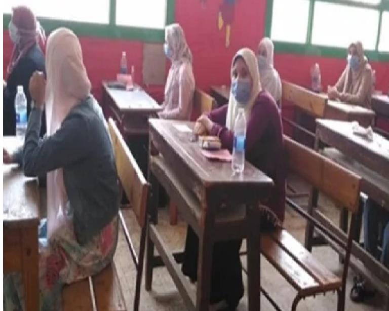 خبراء  لغة إنجليزية: الامتحان سيكون خاليا من الألغاز وفي مستوى الطالب المتوسط ..فيديو 10559910