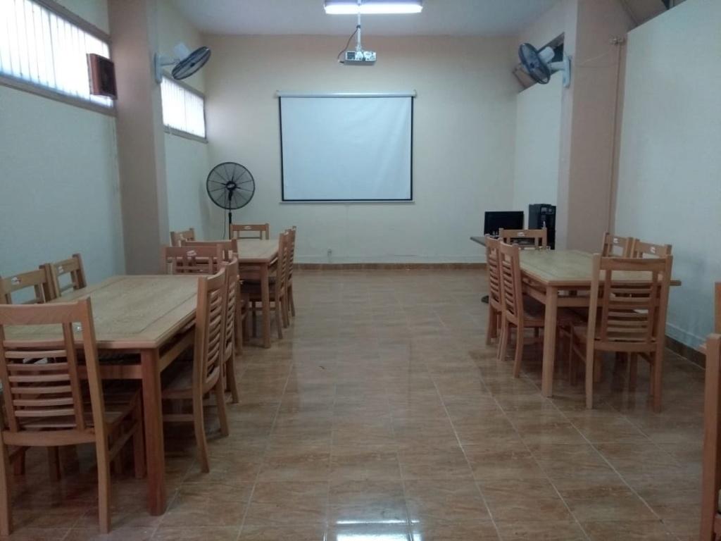 نرصد استعدادات مدارس القاهرة للمنظومة الجديد برتيب مقاعدوضع جلوس  التلاميذ الجديد  وفقًا للنظام الجديد 11513410