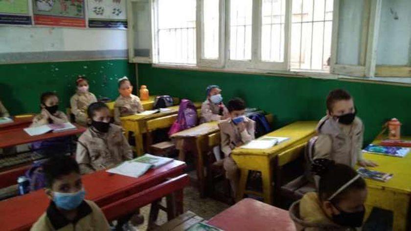 """التربية """"التعليم"""" تستعد بـ8 إجراءات لمواجهة الموجة الثانية من كورونا بالمدارس 12123510"""