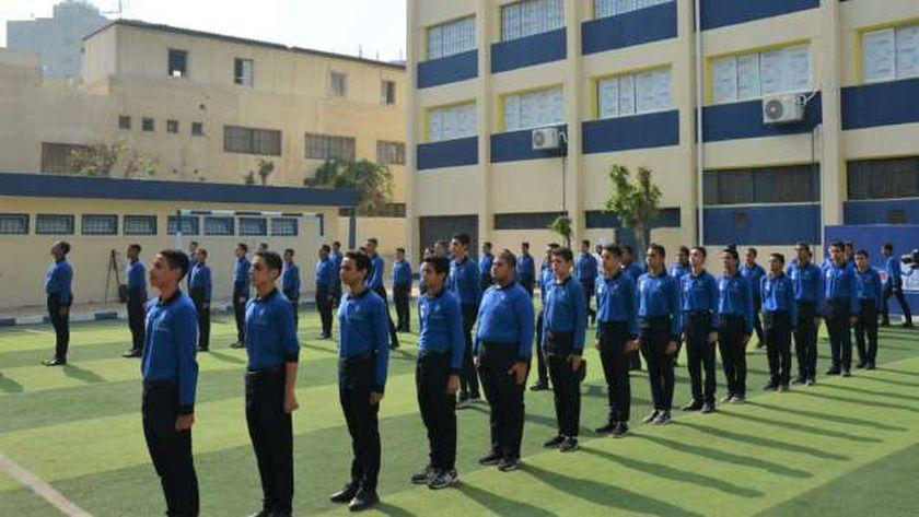 """حوافز إضافية تزيد عن المدارس """" الحكومية """"بشرى سارة.. وظائف جديدة للمعلمين والإداريين قريبا 13316710"""