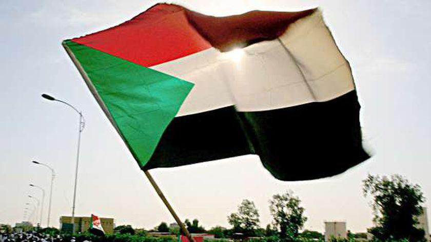 عاجل انهيار سد فى السودان وتدمير 600 منزل 16187510