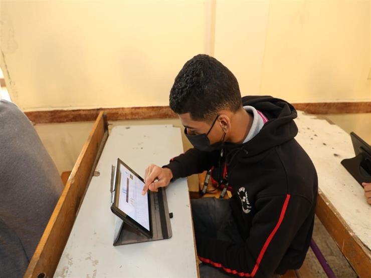 عاجل من التعليم لطلاب الثانوية العامة ضرورة توصيل التابلت بالإنترنت لتحديث برنامج النوكس 17394610