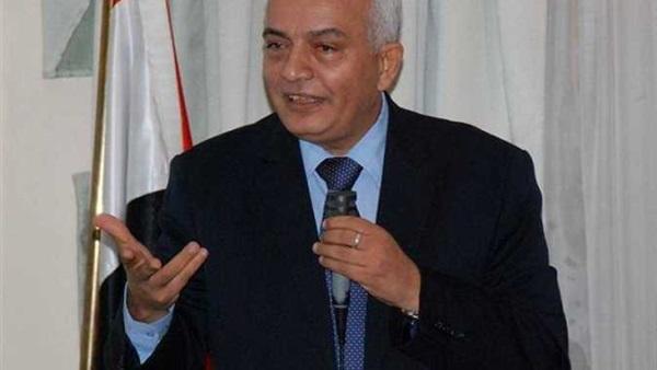 دكتور حجازى - إقرار التربية الرياضية مادة أساسية هدفه تقليل العنف فى المدارس 17610