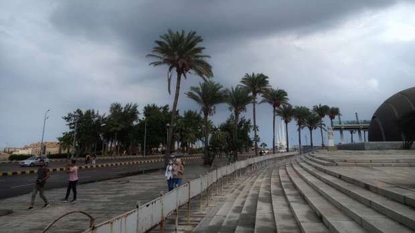 خبر عاجل - تأجيل الدراسة في الإسكندرية غدا بسبب الطقس السيئ 19718810