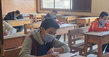 التعليم -    86% أدوا امتحان العربى لأولى ثانوى إلكترونيا 20210228