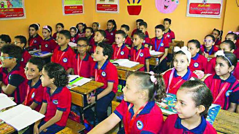 حماية المستهلك يحيل 3 مدارس وجامعة للنيابة بسبب المصروفات 36348710