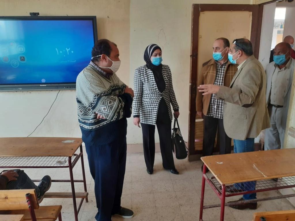 قرار باستبعاد مدير مدرسة ببني سويف لإهماله فى حل مشكلة الإنترنت بالامتحانات 96195-10
