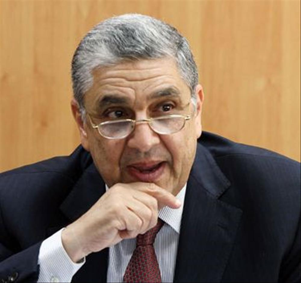قبل الأخيرة.. وزير الكهرباء يعلن الزيادات الجديدة فى أسعار الشرائح غدا الثلاثاء D6826610