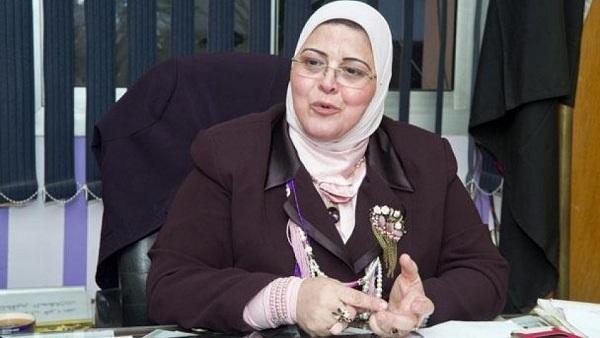 """القضاء ينصف """"كشك"""" ويعيدها لمديرية تعليم الجيزة وأهالي كفر الشيخ يطالبون الوزير والمحافظ ببقائها F8cubl10"""
