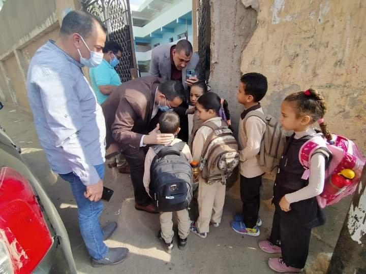 """جروبات """"أمهات مصر"""": مطالبات بتقليص أيام حضور رياض الأطفال وأولي وثانية وثالثة ابتدائي أسوة بباقي المراحل Fb_img54"""