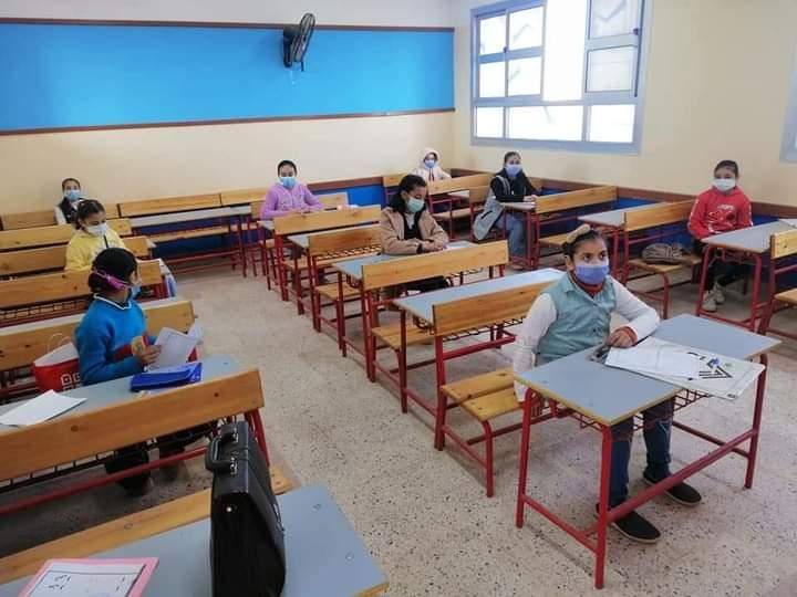 """""""أمهات مصر"""": طلاب سنوات النقل عليهم استكمال الأجزاء المتبقية من المنهج بالمنازل Fb_img73"""